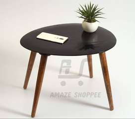 Coffee Table with 4 legs