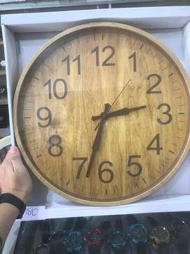 Jam Dinding motif kayu besar