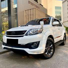 Fortuner VNT TRD Diesel AT 2015 Putih DP RINGAN