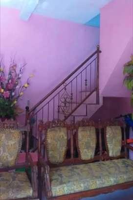 Rumah 2 Lantai dekat Polres Demangan Madiun Kota