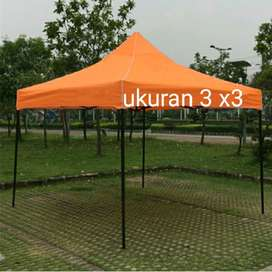 tenda lipat orange.