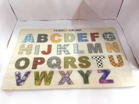 puzzel huruf abjad ada motifnya