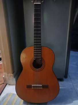 Gitar merk yamaha