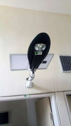 Lampu two in one tenaga surya 50 watt