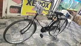 Atlas cycle bechana hai 1500rs me in Arvi naka, wardha