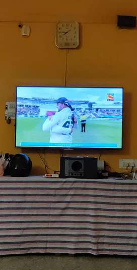 Vu 140cm (55) Full HD LED TV - Display not working