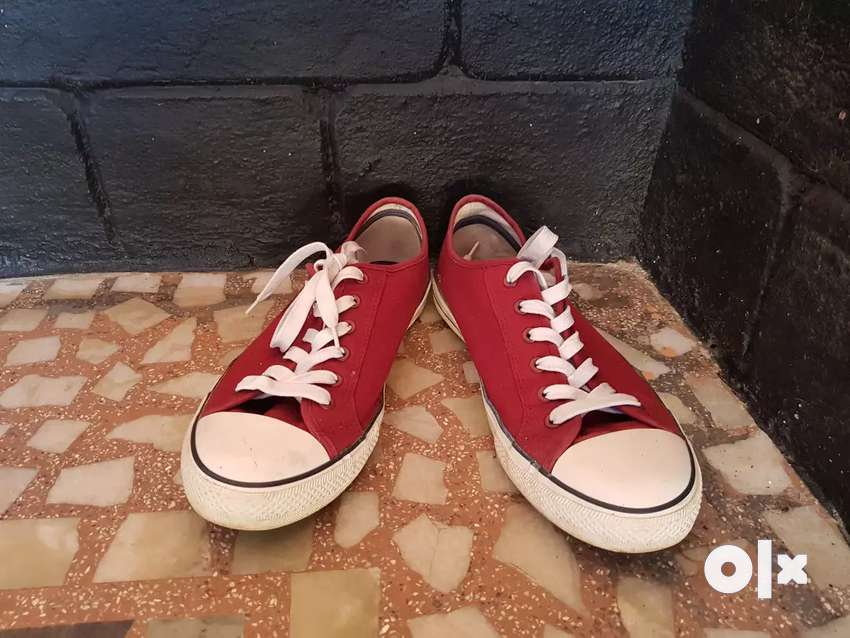 Canvas shoes cedar wood state size 10 with 2 brand new show shine lace 0