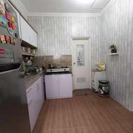 Jual rumah sudah ada kitchen set