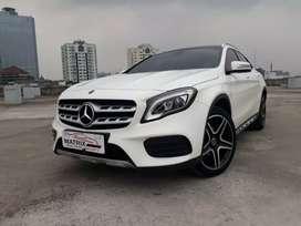 Mercy Gla200 Amg 2019 nik 2018 Putih white Panoramic Eseat L/R