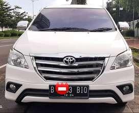 Toyota kijang grand Innova 2.5 G diesel at 2014 white DP ceper