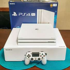 Playstaion ps4 pro 1tb