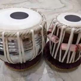 Tabla bigners and professional available