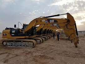 CAT Excavator Catterpiller 320 & Kamtsu 220 available for sale