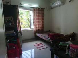FEMALE FLATMATE REQUIRED FOR SINGLE OCCUPANCY ROOM IN 3BHK APARTMENT