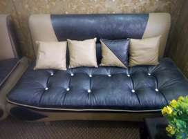 7 seitar sofa for sale urgently