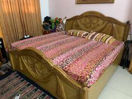 Teakwood double bed with box