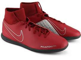 Nike Phantom Football Shoes(9 UK) at 1999Rs!!(Original Price 5995Rs)