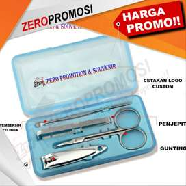 4Pcs/set Nails Clipper Kit Manicure Set
