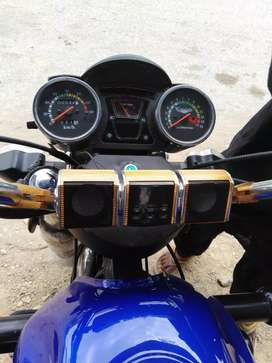 Classic 150 cc loader with radiater