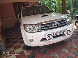 Toyota Fortuner 2010 CNG & Hybrids Well Maintained