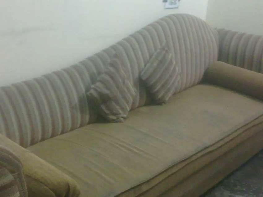 Sofa couch 0