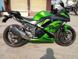 Ninja 300 showroom conditions. 3 month only.