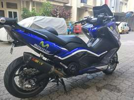 Yamaha t max 530..