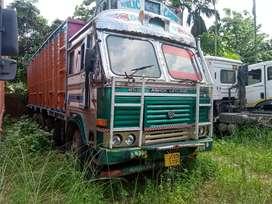 Ashok Leyland 3118 (12chakka) in very good condition
