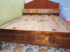 Sale For Bed - Saigon Lakdi Palang