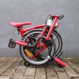 Sepeda Lipat Element Pikes 1S Gen 1 Merah Putih Set Helm dan Aksesoris