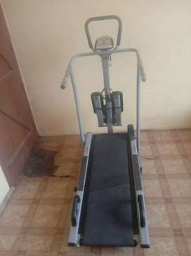 Brand new 5in1 Manual Treadmill.Cash on delivery