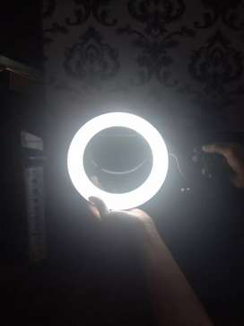Ring Light 20 cm,26 cm, home delivery all over Pakistan possible.