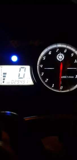 Yamaha r15 v2 argent sell..