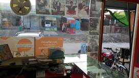 Mobil and cimputer shop for sale