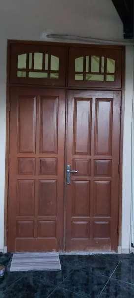 Pintu dan jendela jati