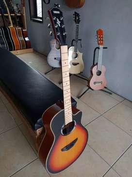 Gitar Yamaha Apx500 Maple