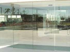 Toughened glass for shop