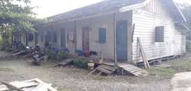 Dijual tanah beserta rumah kontrakan
