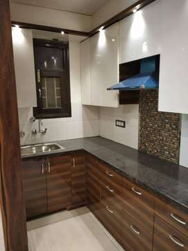 1bhk floor with 2 wihler parking