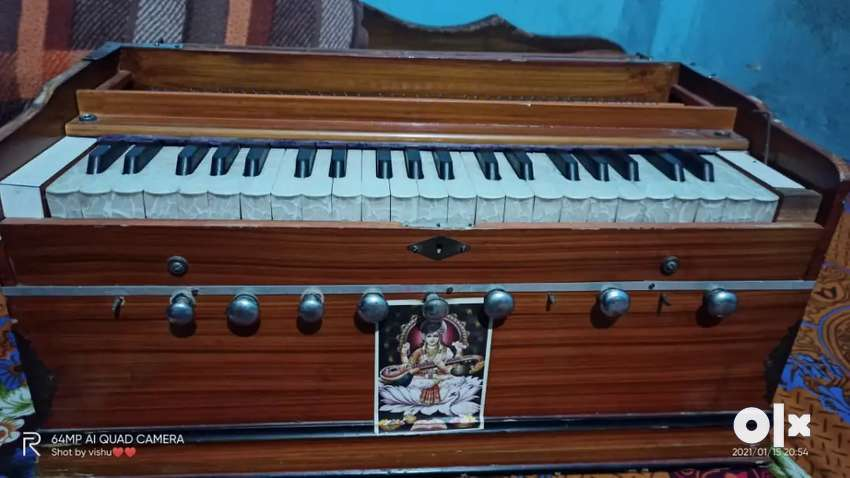 Harmonium with 11 stopper