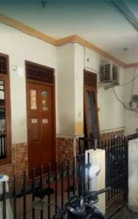Dijual rumah kos-kosan di Pisangan Baru, Matraman, Jakarta Timur.