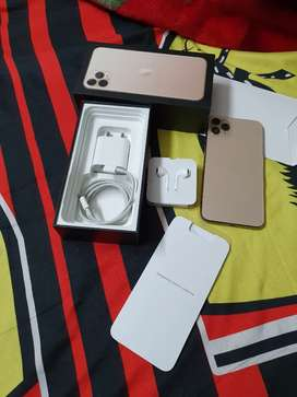 iPhone 11 Pro Max 256GB Gold Color 2year warranty with bill