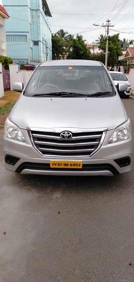 Toyota Innova 2.5 G (Diesel) 8 Seater BS IV, 2012, Diesel