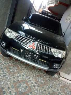 Dijual Cepat Pajero Sport Exceed Solar Automatic 2010 Hitam