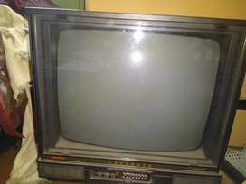 Bush black and white tv