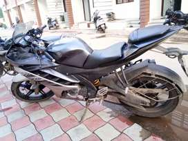 R15 ..well condition.. u can take test drive.