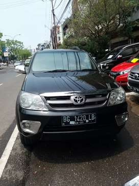 Toyota Fortuner Tipe G m/t thn 2008. kredit dp 37 jt