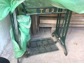 Sweing silai machine stand