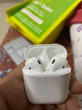 Brand new Apple Airpods 2nd gen