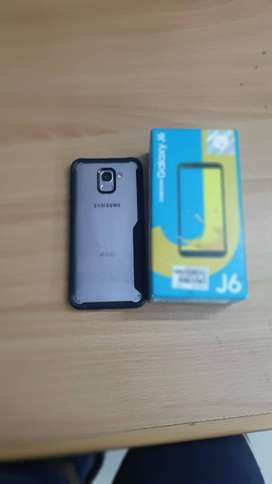 Samsung Galaxy J6 2018 10/10 condition with complete accessories